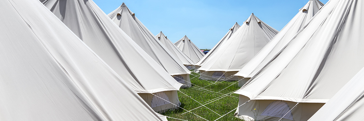 travel destinations event tents glamping at le mans 2019. Black Bedroom Furniture Sets. Home Design Ideas